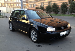 Volkswagen Golf 2000 г.в Москва
